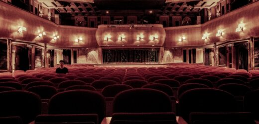 Westchester Broadway Theatre: Broadway Shows, Dinner