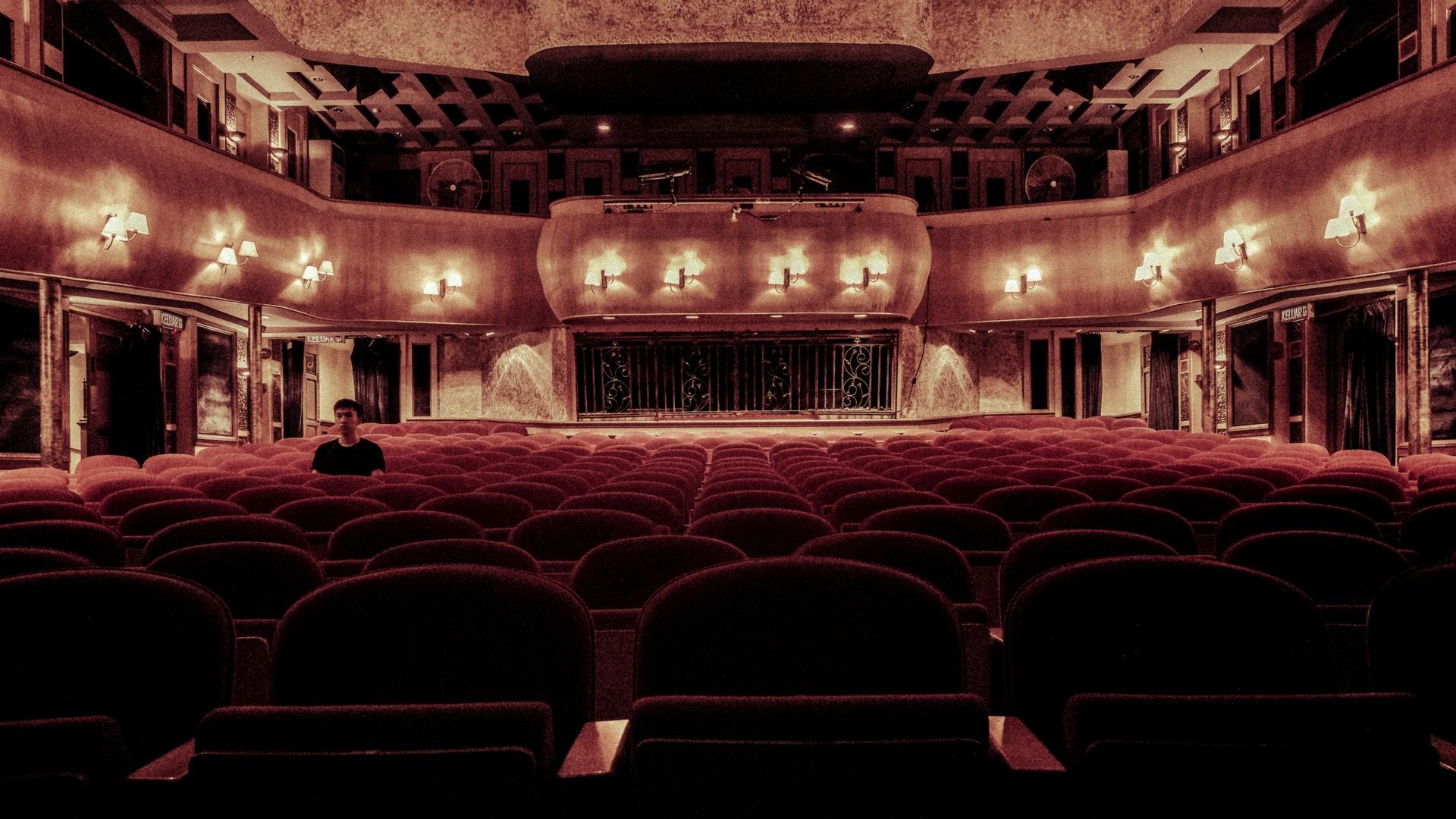 Westchester Broadway Theatre: Broadway Shows, Dinner